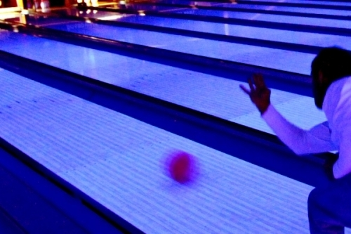 bowler black light
