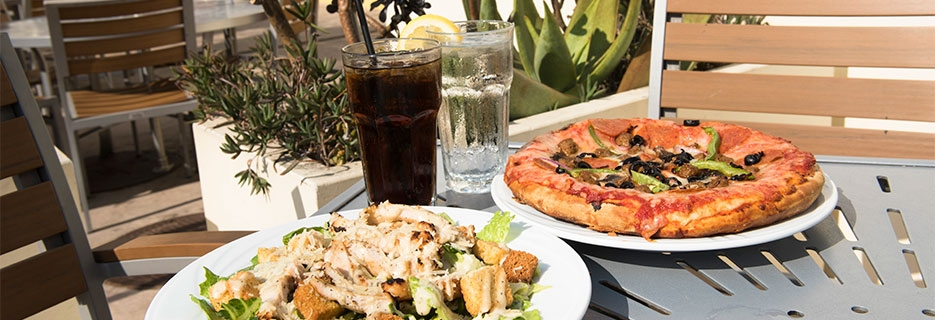 Coasters Grill Pizza Outdoor Dining